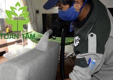 Qui trình giặt thảm - giặt ghế sofa chuẩn
