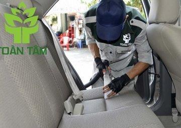 Dịch vụ giặt ghế xe hơi uy tín