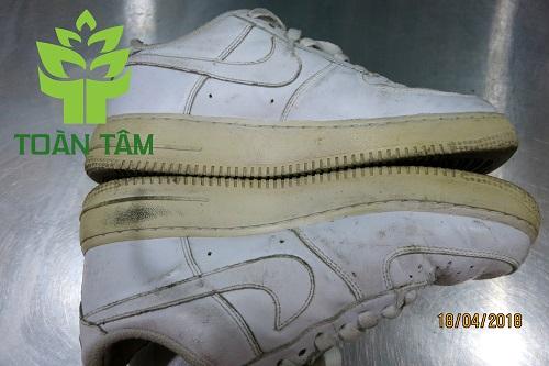 Repaint đế giày - đế giày bị ố