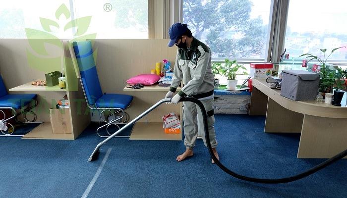 Dịch vụ giặt thảm văn phòng chuyên nghiệp Toàn Tâm