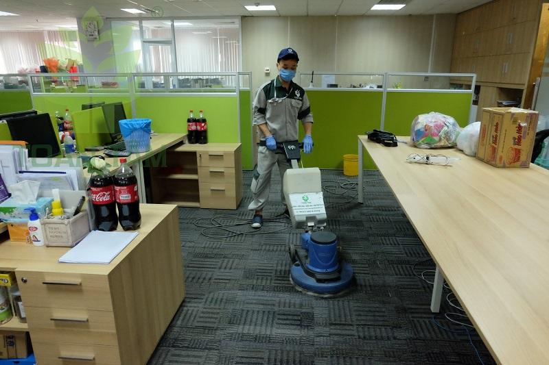 Dịch vụ giặt thảm văn phòng Toàn Tâm