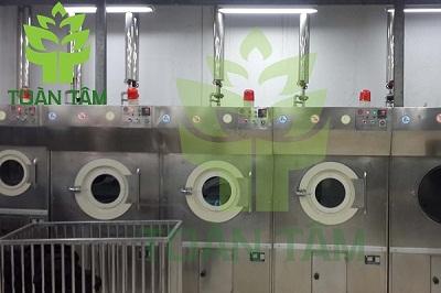 giặt áo dài